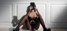 Perchè ci piace fare sesso al telefono?